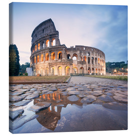 Canvas  Colosseum reflected into water - Matteo Colombo