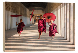 Wood  Young monks running - Matteo Colombo