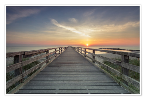 Premium poster Schoenberger beach jetty at sunrise