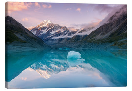 Canvas print  Glacial lake at Mt Cook, New Zealand - Matteo Colombo