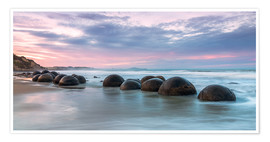 Matteo Colombo - Moeraki boulders, New Zealand