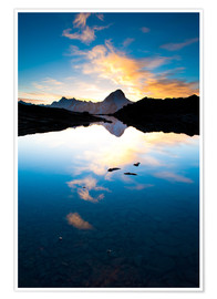 Premium poster Bietschorn mountain peak at sunrise reflecting in small lake, Loetschenpass, Wallis, Switzerland 01