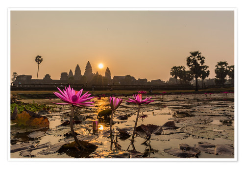 Premium poster Sunrise over the west entrance to Angkor Wat, Angkor, UNESCO World Heritage Site, Siem Reap, Cambodi