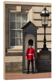 Wood print  Grenadier Guardsman outside Buckingham Palace, London, England, United Kingdom, Europe - Stuart Black