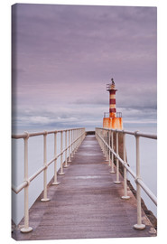 Canvas print  The South Jetty lighthouse in Amble on the Northumberland coastline, Northumberland, England, United - Julian Elliott