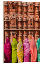 Wood print  Women in front of the Hawa Mahal - Gavin Hellier