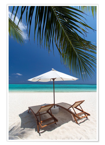 Premium poster Lounge chairs on tropical beach