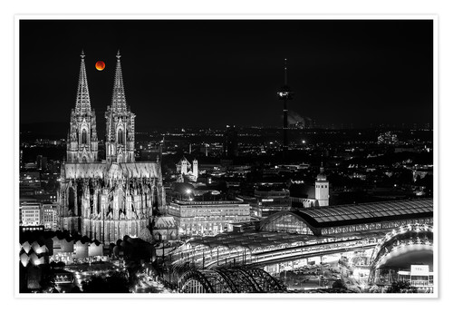 Premium poster Blutmond over the Cologne Cathedral