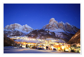 Premium poster  Corvara in Badia at night under mountain peak (Sassongher), Sudtirol, Italy - Matteo Colombo