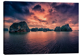 Canvas  Sunrise over Halong Bay - Stefan Becker