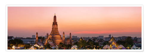 Premium poster Panoramic of Wat Arun temple at sunset, Bangkok, Thailand