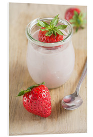 Forex  Sweet strawberries with yoghurt - Edith Albuschat