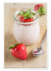 Premium poster Sweet strawberries with yoghurt