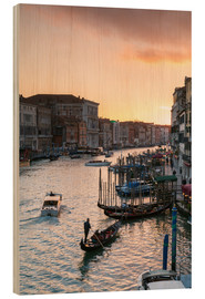 Wood print  Sunset over the Grand Canal in Venice, Italy - Matteo Colombo