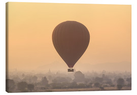 Canvas print  Hot air balloon over temples of Bagan, Myanmar