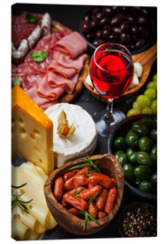 Antipasti and red wine