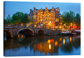 Canvas  Night city view of Amsterdam