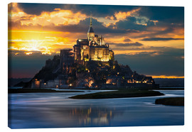 Canvas  Mont Saint-Michel at sunset