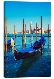 Canvas print  Gondolas in lagoon of Venice on sunrise