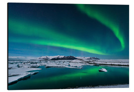 Aluminium print  Northern lights dance over glacier lagoon - John Davis