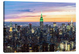 Canvas print  Empire State building and Manhattan skyline illuminated at dusk, New York, USA - Matteo Colombo