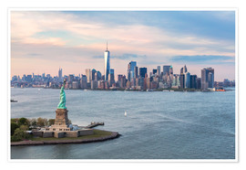 Premium poster  Aerial view of Statue of Liberty and World Trade Center at sunset, New York city, USA - Matteo Colombo