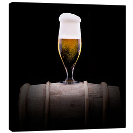 Canvas print  Frosty glass of light beer