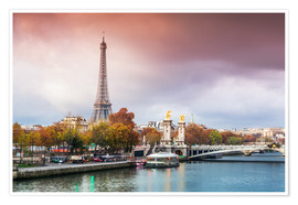 Premium poster Eiffel tower and river Seine at sunset, in autumn, Paris, France