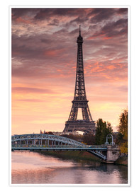 Premium poster River Seine and Eiffel tower at sunrise, Paris, France