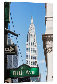 Aluminium print  Crysler building and Fifth avenue sign, New York city, USA - Matteo Colombo
