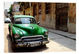 Acrylic print  Vintage car in the streets of Havana, Cuba - HADYPHOTO