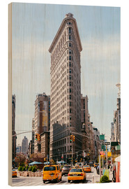 Wood print  Famous Flatiron building between Broadway and Fifth avenue, New York, USA - Matteo Colombo