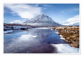 Premium poster  Buachaille Etive Mor and River Coupall, Glen Coe (Glencoe), Highland region, Scotland, United Kingdo - Karen Deakin