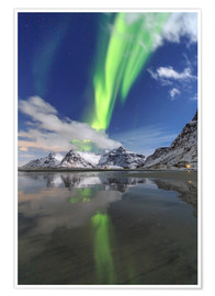 Premium poster Northern lights and mountain reflections