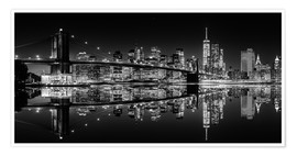 Premium poster Mirrored New York Skyline at Night (monochrome)