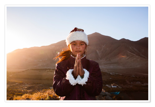 Premium poster Portrait of tibetan girl praying, Tibet