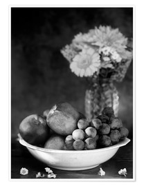 Premium poster  Still life with apples and grapes noir - K&L Food Style