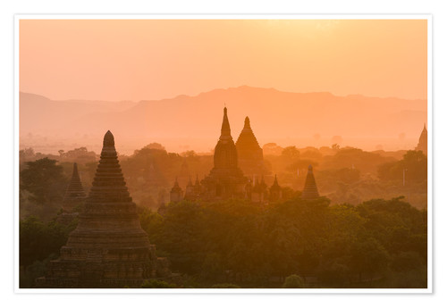 Premium poster Sunrise over the ancient temples of Bagan II