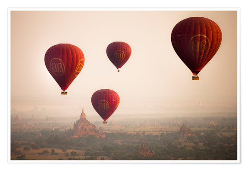 Premium poster Aerial view of balloons over the ancient temples in Myanmar
