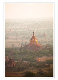 Poster Aerial view of the ancient temples in Myanmar