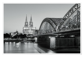 Premium poster Cologne at night, black and white