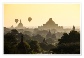Balloon over pagodas in Bagan