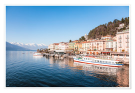Premium poster Bellagio lakefront on lake Como in springtime