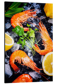 Aluminium print  Tiger Shrimps on Ice with lemon and herbs