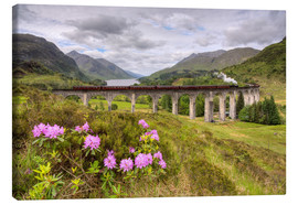 Canvas  Glenfinnan Viaduct in Scotland with Jacobite Steam Train - Michael Valjak