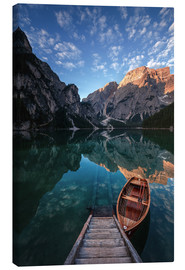 Canvas print  Early morning on Lake Braies / Lago di Braies - MUXPIX