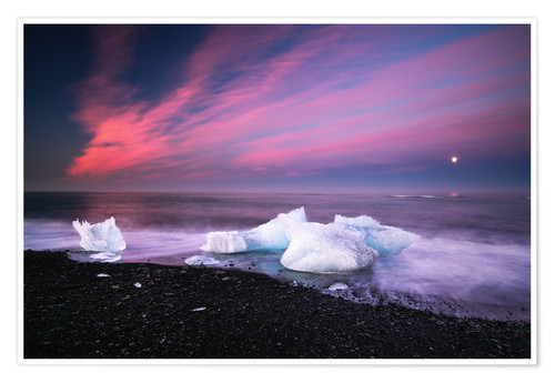 Premium poster Icebergs on the beach in Iceland
