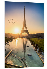 Forex  Romantic sunrise at the Eiffel Tower in Paris, France - Jan Christopher Becke