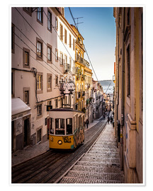 Jörg Gamroth - Tram in Lisbon