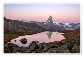 Premium poster Matterhorn reflected in Lake Stellisee, Switzerland